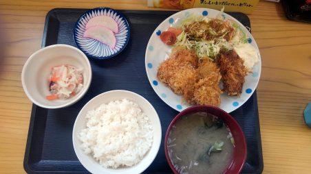 かき小屋広田湾の500円定食