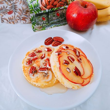 ピーカンとりんご・バナナのホットケーキ